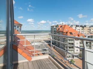 Instapklaar appartement met 1 slaapkamer en een prachtig uitzicht vanop de 7e verdieping van de residentie Zeezicht te Nieuwpoort-Bad. Indeling: Inkom
