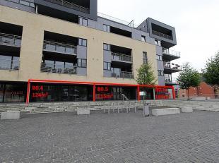 """Commerciële ruimte gelegen op de begane grond, dicht bij het stadscentrum van Doornik, in de residentie """"La Corne Saint-Martin"""" met 91 appartemen"""