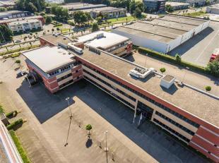 Goed gelegen en standingvolle kantoren TE KOOP in Vilvoorde.<br /> Verschillende oppervlakten beschikbaar: van 50m² tot 5.105m²<br /> Contac