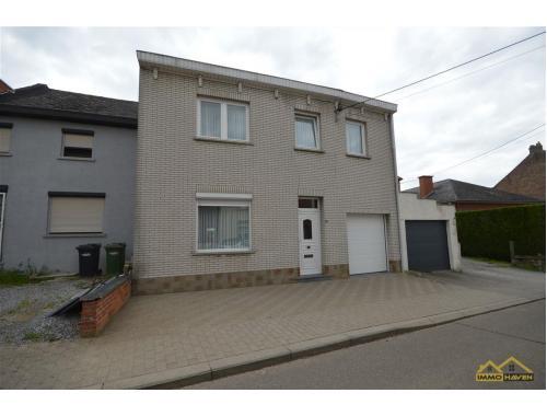 Maison à vendre à Waasmont, € 150.000
