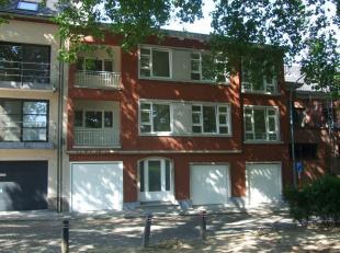 Gerenoveerd (2014) 2-slpk appartem. te huur (85 m2) in gebouw met 2 appartem. Rustig & discreet gelegen in groene omgeving nabij openbaar vervoer en c