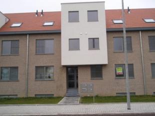 Duplex appartement gelegen in de stationsstraat 55Bus2 te Hoeselt . <br /> Volledig ingerichte ruime keuken ( frigo,keramische kookplaat,dampkap, afwa