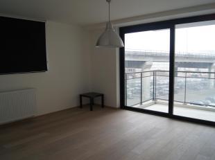 Appartement aan de Leuvense Vaart, omringd door het park van de Keizersbergabdij en het Sluispark, op 10 minuten wandelen van hartje Leuven. Zowel ope