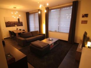 Mooi appartement gelegen aan het kanaal in Hasselt. Op wandelafstand van het centrum. Toplocatie! Indeling: living met ingerichte open keuken (incl va