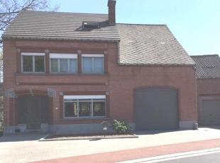 MOMENTEEL IN OPTIE!!! Grotendeels gerenoveerde ruime gezinswoning , ideaal gelegen op korte afstand van E19 Brussel- Antwerpen en vlakbij N26 Leuven-