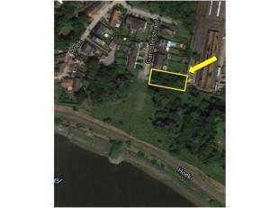 VERKOCHT Bouwgrond met unieke ligging aan de Rupel <br /> <br /> Uniek en zeer rustig gelegen perceel bouwgrond van 761 m2 voor een halfopen bebouwing