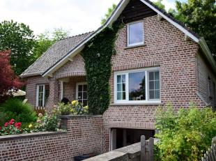 Te koop van eigenaar.<br /> Mooie  villa op 7are 23ca gelegen in het groene Hoegaarden, nabij het centrum, en in onmiddelijke omgeving van scholen, wi