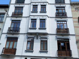 ETTERBEEK, vlakbij het Jourdanplein en vervoer, 5 minuten van de Europese instellingen, prachtig ruim appartement van ± 90 m² op de 3e verdieping met