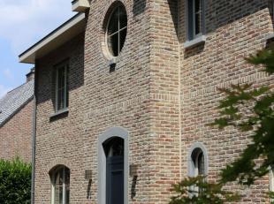 Ruime instapklare villa in residentiële buurt vlakbij het centrum van Tessenderlo.<br /> <br /> Deze villa is gelegen in één van de mooiste lanen van