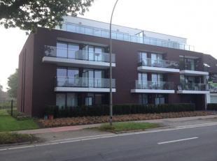 Het appartement is gelegen tussen het Z.O.L. en het centrum van Genk met in de nabijheid verschillende grote buurtwinkels.<br /> Keuken is voorzien va