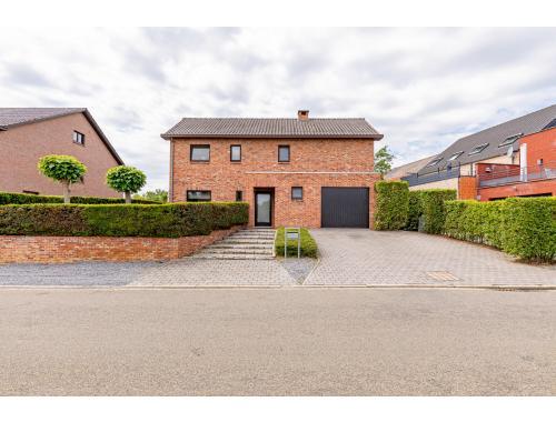 Huis te koop in Heusden-Zolder, € 330.000