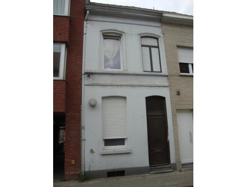 Arbeiderswoning te koop in Kortrijk, € 99.000