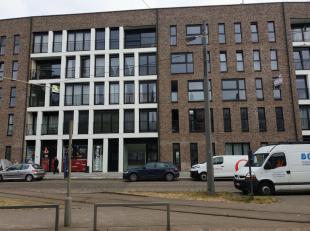 Dit nieuwbouw appartement met 1 slaapkamer bevindt zich op een topligging in Deurne. Winkels en supermarkten in de nabije omgeving, goed bereikbaar me