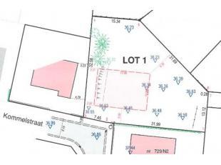 Mooie bouwgrond (halfopen) nabij het centrum van Dilsen tegen een interessante prijs! Het betreft lot 1 van bijgevoegd verkavelingplan. <br /> Voor me