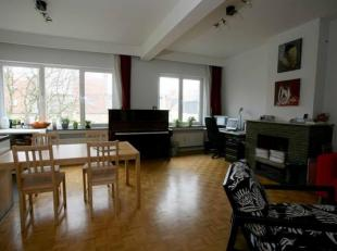 flat/studio te koop Antwerpen Britselei <br /> 4e verdieping achteraan, kijkt uit op binnenkoer<br /> momenteel verhuurd aan 670 euro incl kosten<br /