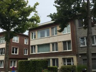 Gerenoveerd appartement nabij Sint Augustinus kliniek.  Nieuwe kk met toestellen, nieuwe bdk met inloopdouche, grote zonnige living/eetkamer zuidkant.