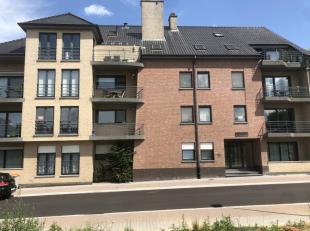 Mooi en verzorgd zuid-gericht en ruim appartement op eerste verdieping (bruto vloeroppervlakte is 136 vierkante meter) ruime living (34 m2) voorzien v