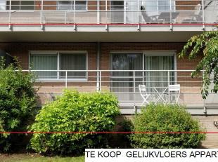 <br /> Appartement joliment rénové avec grande terrasse, situé dans un quartier calme.<br />  Un appartement avec un emplacement privilégié pour ceux