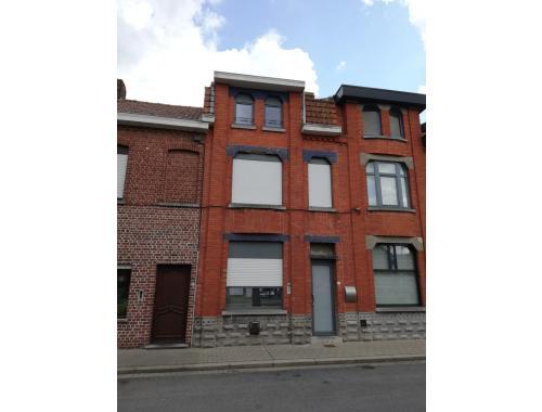 Maison à vendre à Menin, € 175.000