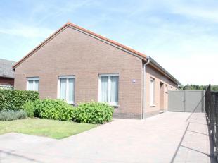 Huis te koop in Keerbergen.<br /> Goed gelegen vrijstaande woning op een perceel van 8a 18 ca.<br /> Bestaande uit:<br /> <br />     inkomhal<br />