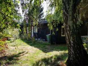 Wegens omstandigheden te koop: een leuk chalet in mooie landelijke omgeving in het gezellige Lozen Bocholt tegen een heel aantrekkelijke prijs. Het be