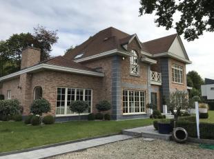 Prachtig American-style Mansion, afgewerkt in hoogstaand materiaal. Geïsoleerd volgens de laatste normen, voorzien van verschillende technische snufje