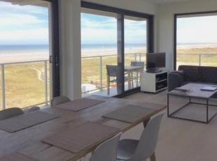 Uniek en zeldzaam aanbod van een fantastisch hoekappartement met adembenemend  zeezicht.<br /> <br /> Dit heldere appartement op de derde verdieping i