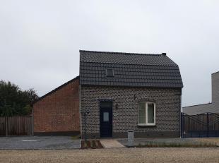 Een charmante, grotendeels gerenoveerde gezinswoning met 2 slaapkamers met mogelijkheid tot uitbreiding naar 4 slaapkamers.<br /> Deze woning is geleg