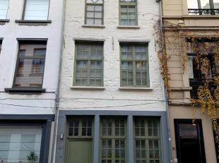 """Karaktervol huis met trapgevel in historisch centrum<br /> De """"parel van Klapdorp"""", een stukje geschiedenis gelegen in opkomende buurt en historisch c"""