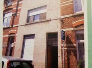 Rijhuis te koop in Kessel-lo.<br /> Deze is gelegen in een rustige buurt. Op een wandelafstand van 3 min bevindt u zich aan het station van leuven en