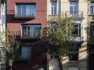Prachtig nieuwbouwappartement te huur in kleinschalige residentie in het centrum van Gent (300 meter van Kinepolis Gent) bestaande uit 3 slaapkamers,