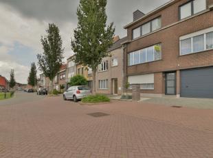 Ruim instapklaar appartement te Sint Gillis - Dendermonde. Een onderhouden appartement (94m²) gelegen op de 1ste verdieping van deze kleine resid