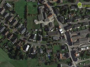 Handelswoning (201m²) met magazijn/polyvalente ruimte (573m²) gelegen op een perceel van 9a 12ca. Bent u op zoek naar een eigendom waar u wo
