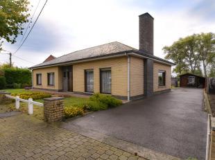 Goed & Rustig gelegen woning met 3 slpks, grote garage en een tuin met landelijk open zicht op een mooi perceel van 673m². Grote troef is dat