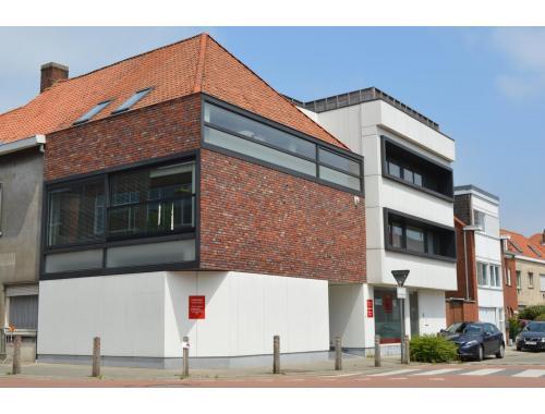 Kantoor te koop in Heule, € 498.000