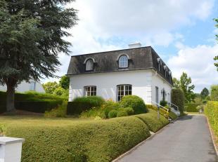 Deze fraaie villa heeft een residentiële ligging en ligt op een boogscheut van de R8.<br /> De gelijkvloerse verdieping beschikt over een aparte