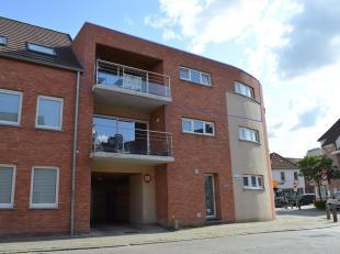 Nieuwbouw appartement vlakbij belangrijke invalswegen en op fietsafstand van het centrum van Kortrijk en Heule.<br /> U geniet van alle moderne comfor
