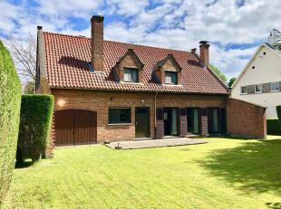 ** NIEUWE VOORWAARDEN ** Leemans Immobiliën biedt u deze mooie Villa in een rustige villawijk te Anderlecht. Het perceel heeft een oppervlakte va