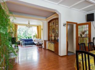 LEEMANS IMMOBILIEN vous propose cette spacieuse maison / maison unifamiliale située à Anderlecht (Scheut). La propriété es