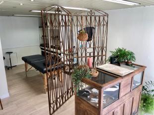 LEEMANS IMMOBILIEN vous propose cet espace agréable qui peut être utilisé comme bureau ou petit espace commercial.<br /> Il offre