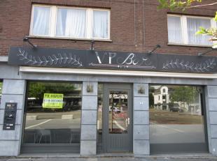 Pas gerenoveerde brasserie met nieuwe dampkap. <br /> VOLLEDIG INGERICHT.<br /> Uitbating met keuken is noodzakelijk (géén café).