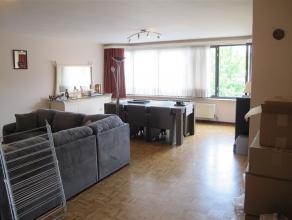 Ruim appartement op de 1 ste verdieping met 2 slaapkamersin het hartje van het bruisende Oud-Turnhout op wandelafstand van talloze leuke winkels.<br /