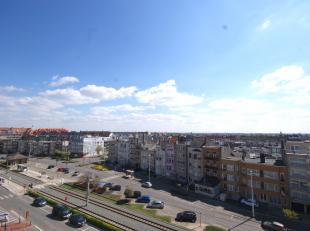 Perfect instapklaar appartement met ZUIDger. terras op wandelafstand van de Zeedijk!INDELING:5de verdieping:Inkomhal - LICHTRIJKE living - volledig in