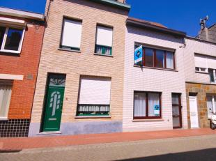 Interessante woning met alle comfort met 3 slpks in het centrum van Blankenberge!<br /> INDELING:<br /> Gelijkvloers:<br /> Inkomhal - ruime living -