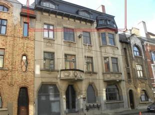 Dakkappartement met 1-2 slaapkamers in Art Deco gebouw<br /> OPM : NIET VOOR STUDENTEN ! !<br /> Prachtig appartement van 130m² op de derde verdi