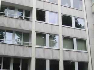 GEZELLIG 1-SLPK APP MET ZUIDGERICHT TERRAS AAN CITADELPARK.<br /> Het appartement is gelegen op de 6eV en bestaat uit: een inkomhal met inbouwkast, ee