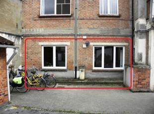 Gelijkvloers appartement nabij stadscentrum.<br /> Het appartement is gelegen op de gelijkvloerse verdieping van een gebouw met 5 bouwlagen.<br /> Het