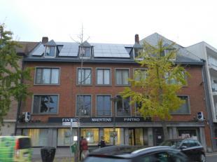 Dit klassevol vernieuwd appartement in loft-stijl is gelegen in de Oostendestraat 1 te Torhout.Dit appartement is gelegen op het 3de verdiep en biedt