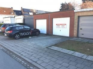 Garage à louer                     à 8200 Sint-Michiels