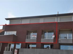 Prachtig instapklaar appartement met zonnige terrasen. <br /> Dit appartement omvat een inkomhal met gastentoilet en bergruimte. Verder is een ruime w